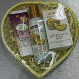 Упаковка парфюмерных наборов