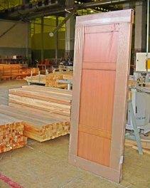 Упаковка дверей в термоусадочную плёнку